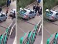 Белгісіз біреулер шешініп тастап, полицейлермен төбелесті (ВИДЕО)