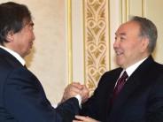 Н.Назарбаев О.Сүлейменовпен кездесті