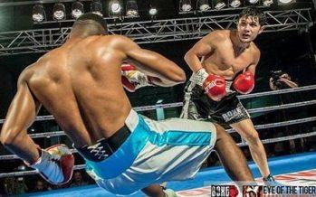 Қарсыласын ауыр нокаутқа түсірген қазақ боксшысы шетелдіктерді таңырқатты (видео)