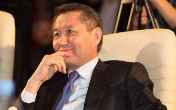 Істі болған журналист Аманшаев пен Ахметовтен қалай ақша алғанын жайып салды