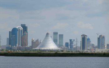 Астанадағы жағымсыз иіске «кінәлі» адам табылды. Ол – полицей!