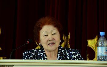 Шәмшә Беркімбаева: «Ұстаз мәртебесі» туралы заң қабылдауымыз керек