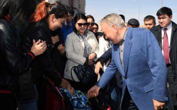 Назарбаев күтпеген жерден Астананы аралауға шықты