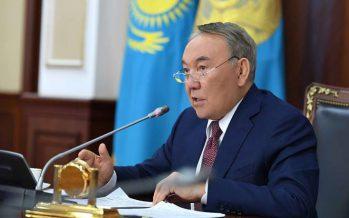 Назарбаев: Тіл мамандары ортақ келісімге келгенде ғана жаңа әліпби жайында жария етемін
