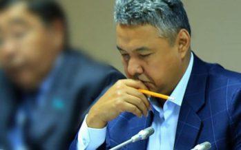 Азат Перуашев предложил провести налоговую амнистию