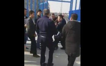 Кез-келген қазақты тепкілеп алып кететін біздің полицейлердің бір қытайға әлі келмей қалды