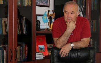 Есенғали Раушанов: Қазақтың әйелі түзелсе, қоғамы да түзеледі